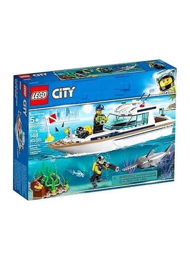 Lego 60221 Lego® City® Dalış Yatı / 148 Parça / +5 Yaş Renkli